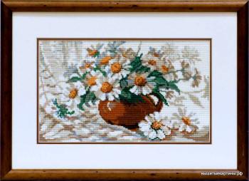 Вышивка - Ромашки в вазе