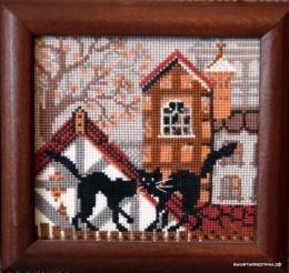 Вышивка - кошки, борьба